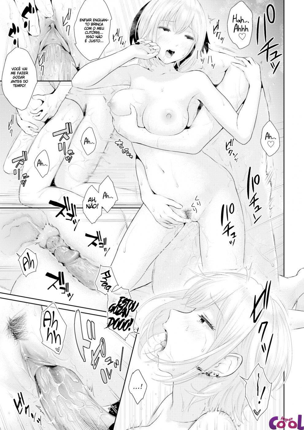 Hentai Traindo o namorado com comedor